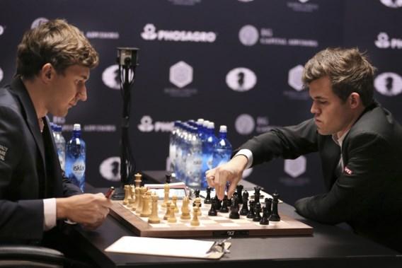 Vierde remise op rij op WK schaken tussen Carlsen en Karjakin