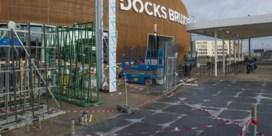 Nieuw winkelcentrum Docks staat al te koop