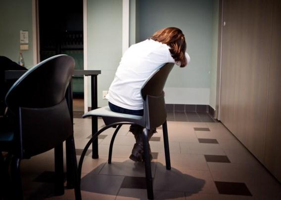 Verkrachter slaat twee keer toe tijdens penitentiair verlof