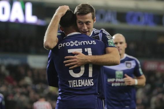 Anderlecht wint van Moeskroen met vernederende 7-0