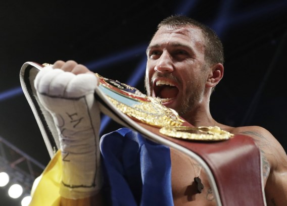 Lomachenko verlengt WBO-titel bij supervedergewichten