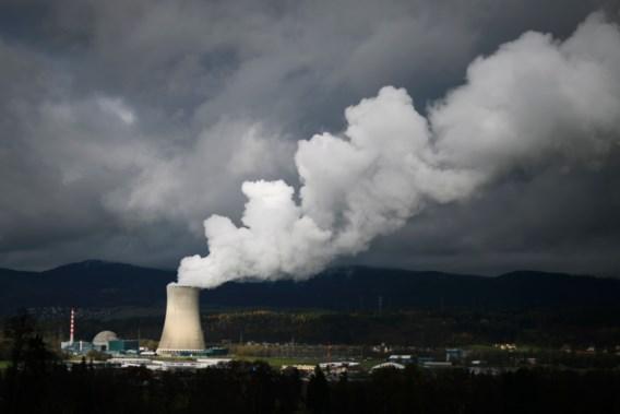 Zwitsers verwerpen versnelde kernuitstap