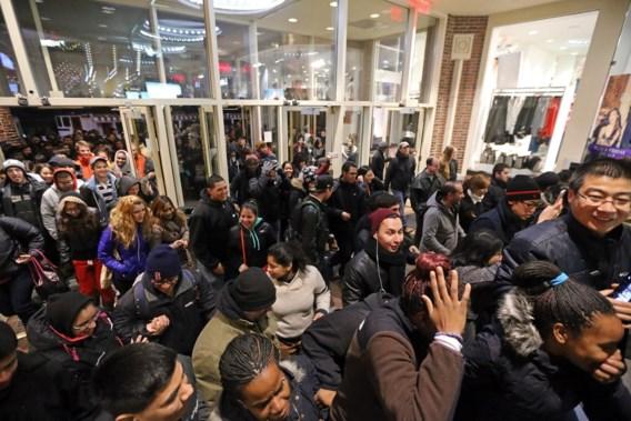 Amerikanen smijten met miljarden op Black Friday