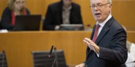 Ecolo in Ukkel vraagt De Decker tevergeefs stap opzij te zetten als burgemeester