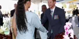Rihanna verwelkomt prins Harry op Barbados