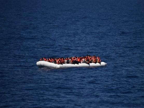 92 vluchtelingen uit zee gehaald voor de Spaanse kust