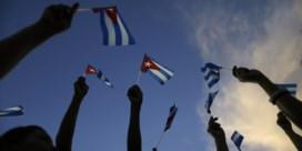 Honderdduizenden mensen brengen laatste groet aan Fidel Castro
