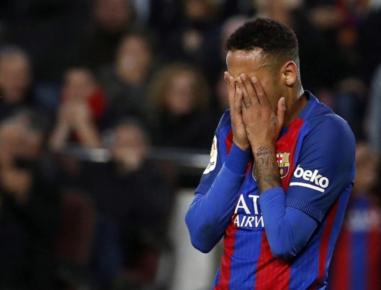 Real Madrid bezorgt Barcelona opdoffer in slotminuut