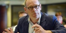 'Oppositie, kom met een tegenkandidaat voor Delperée'