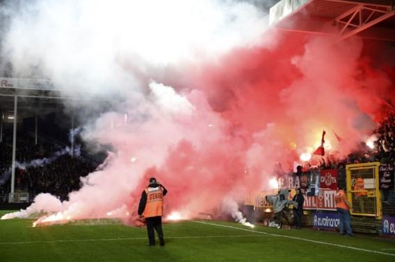 Standard riskeert zware boete en match achter gesloten deuren, Charleroi enkel boete