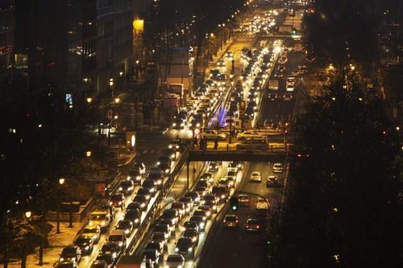 Auto blijft woon-werkverkeer domineren