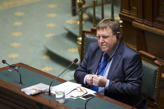 Parlement weigert gratis alcohol te schrappen