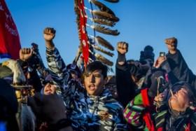 Trump wil Obama doen vergeten en feestje Sioux bederven