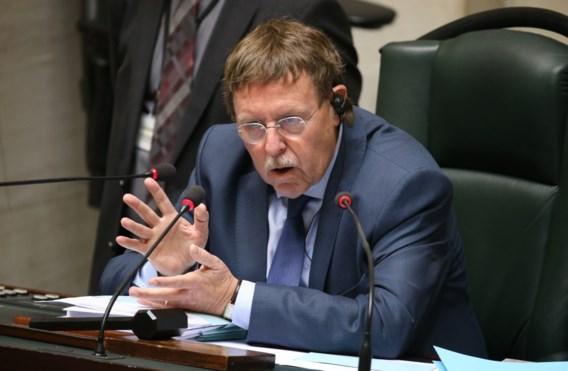 Alcohol niet meer gratis in parlement