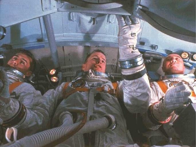'De cockpit staat in brand, haal ons eruit': het tragische verhaal van Apollo 1