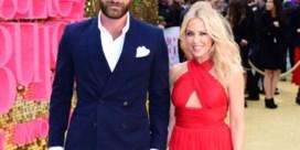 Kylie Minogue en twintig jaar jongere verloofde uit elkaar