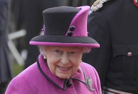 Queen viert jubileum met bijpassend portret