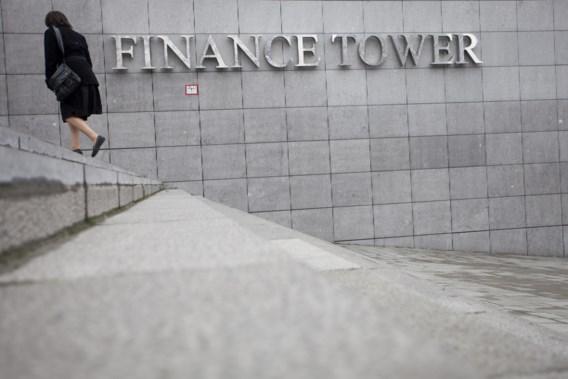Ambtenaren betalen pensioen van werknemers