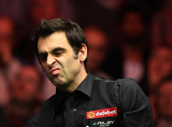 Neil Robertson zet Ronnie O'Sullivan opzij op World Grand Prix snooker
