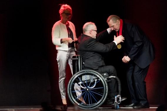 Jacques Rogge krijgt hoogste eerbetoon Paralympic Order