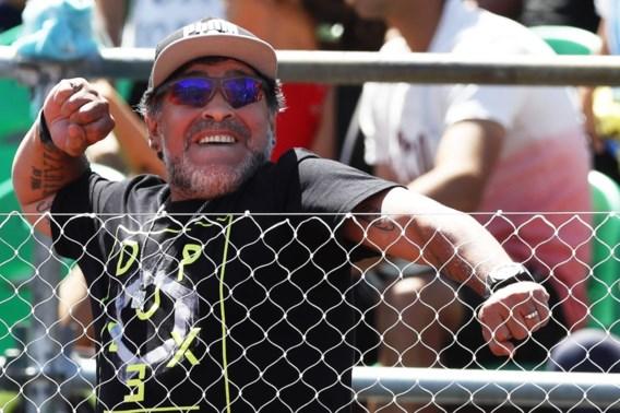 """Opvallend: Diego Maradona krijgt """"uit dankbaarheid"""" job bij de FIFA"""