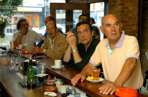 Straks betalen voor voetbal op café?