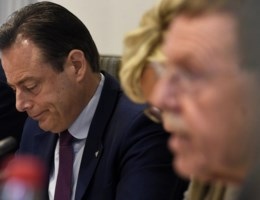De Wever: 'Waarom Bracke niet eerder heeft gesproken? Dat is de vraag van 1 miljoen'