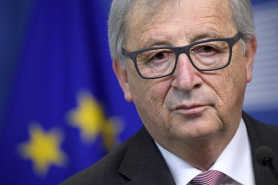 Team Juncker klaagt 'fake news' in de EU aan