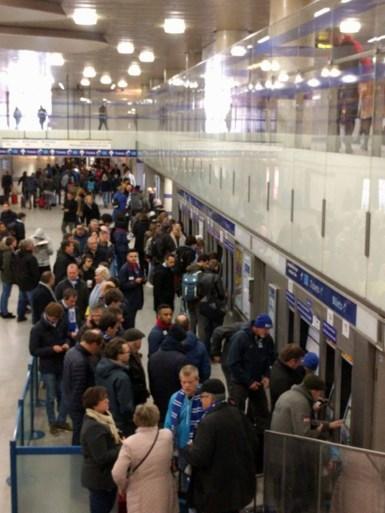 AA Gent-fans die in Calais vastzaten aangekomen in Dover
