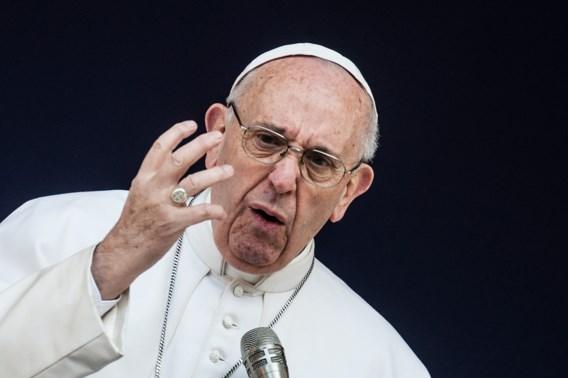 Paus maakt zich kwaad: 'Beter atheïst zijn dan hypocriete katholiek'