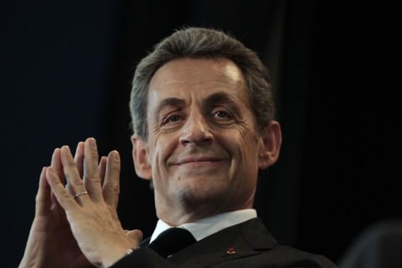 Kamp Sarkozy roept Fillon op een 'opvolger' te kiezen