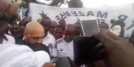 Congolese supporters zorgen voor dolle taferelen bij aankomst Anthony Vanden Borre
