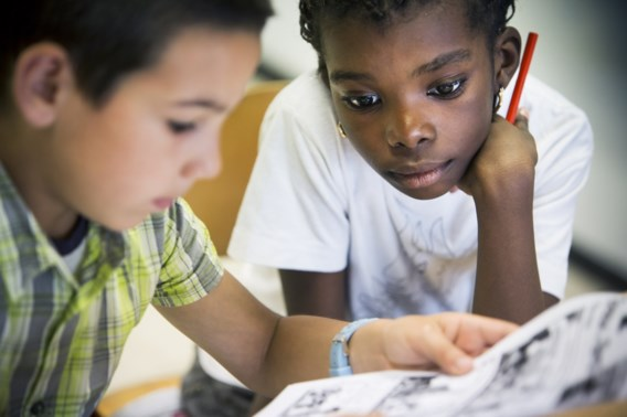 'Luistervinken helpt migrantenjongeren taal leren'