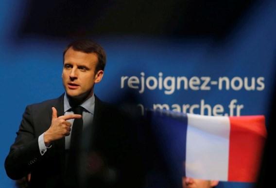 PS-minister loopt over naar Macron