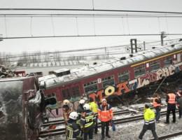 VIDEO. Parket wil NMBS, Infrabel en bestuurder vervolgen voor treinramp Buizingen