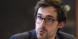 Groen: 'Geef politici die niet transparant zijn loonsverlaging'