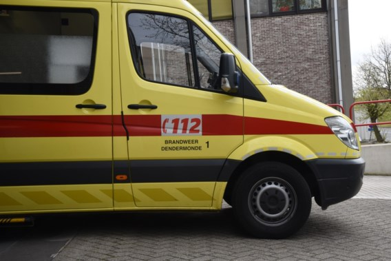 Ambulances en personeel letterlijk in een nieuw jasje