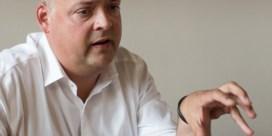 'Francken en Homans laten Antwerps OCMW-voorzitter Duchateau spartelen'