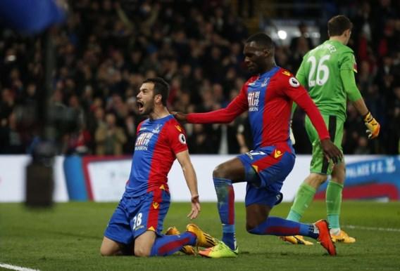 Wenger out? Arsenal belachelijk gemaakt door bescheiden Crystal Palace