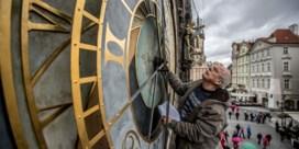 Trekpleister in Praag verdwijnt achter steigers