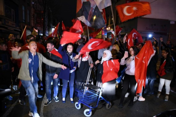 'Dubbele nationaliteit afschaffen helpt niet'