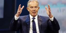 Tony Blair moeit zich met Brexit