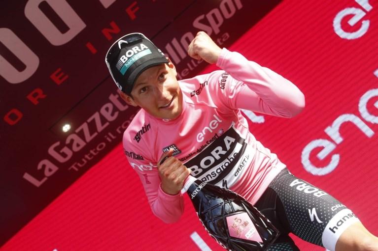 Sensatie in de Giro: Pöstlberger grist eerste roze trui voor de neus van sprinters weg