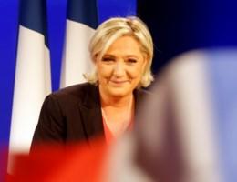Le Pen geeft nederlaag toe, maar zet strijd voort