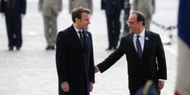 Hollande toont Macron meteen hoe het moet