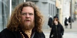 Jeroen Olyslaegers wint (laatste) Fintro Literatuurprijs