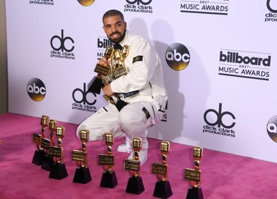 Drake stoot Adele van de troon