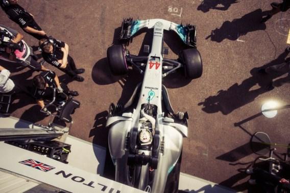 Hamilton snelste tijdens eerste oefensessie in Monaco, Vandoorne twaalfde