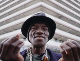 Amsterdammers doen belofte aan hun zieke burgemeester