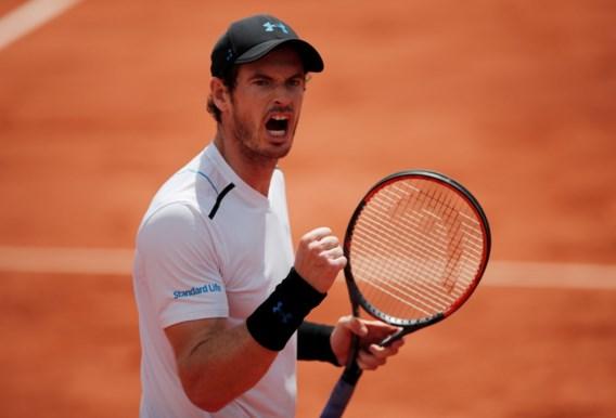 Murray laat geen set liggen, ook Nishikori en Wawrinka naar kwartfinales in Parijs